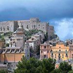 Gli stranieri investono a Caccamo: comprano casa e chiedono la residenza