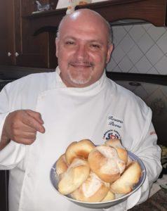 #Restiamoacasa e cuciniamo con lo chef Rosario Picone - Ricetta dei panini di rimacinato